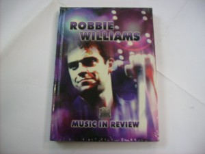 Music in review (DVD+BOOK)