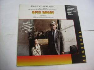 Open doors (Porte aperte) (Franco Piersanti)