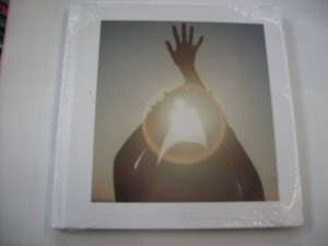 Shelter (2CD) (Artbook Edition)