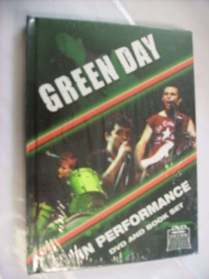 In performance (DVD + BOOK)