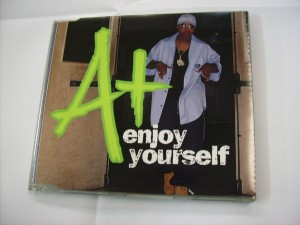 Enjoy yourself - 5 tr.