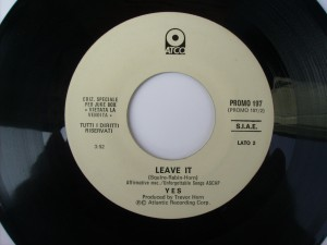 Leave it / Turn it around (Juke box edition)